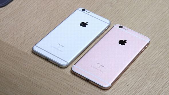 apple-truot-doc-lan-dau-tien-sau-hon-mot-thap-ky-5