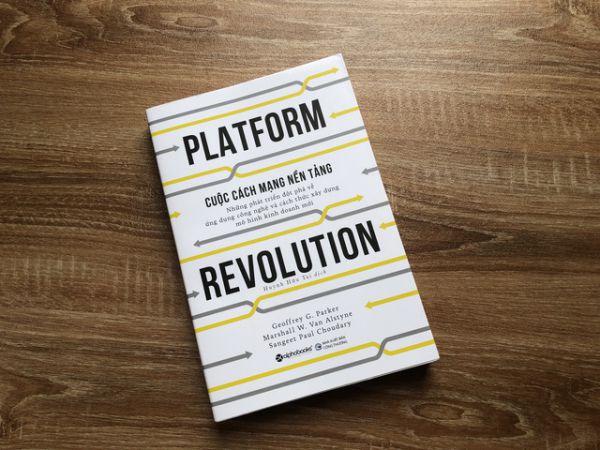 Đọc ngay 4 cuốn sách về xây dựng mô hình kinh doanh mới thời 4.0 1
