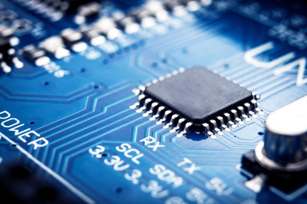 5 xu hướng định hình ngành công nghệ năm 2021 png1